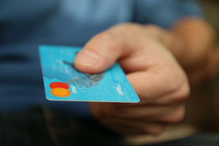 Kreditkarten bei Filialbanken sind nicht günstig.